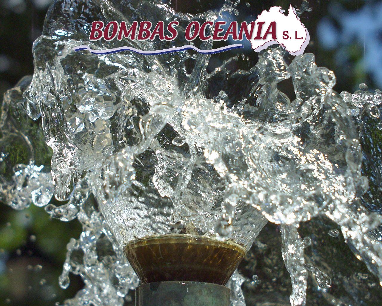 Agua con logotipo